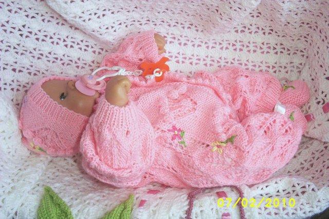 Для новорожденных вязаные вещи